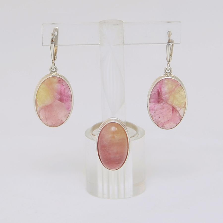 Комплект серьги + кольцо из розово-желтого турмалина овальной формы