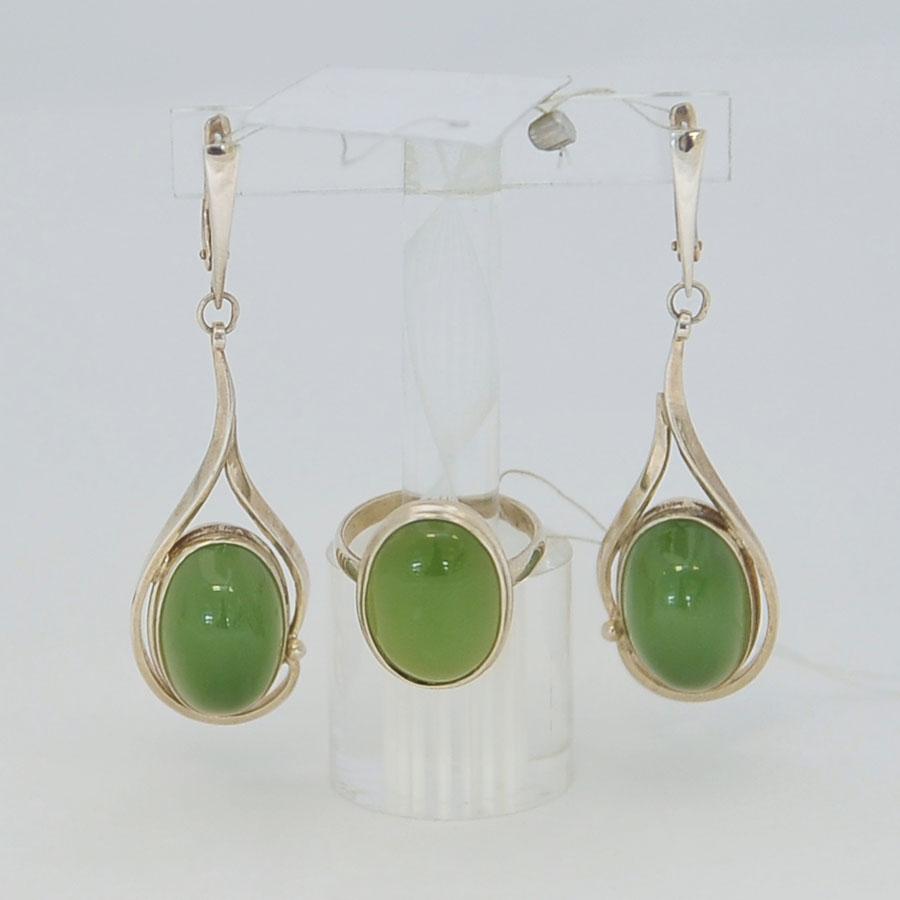 Комплект серьги + кольцо из светло-зеленого нефрита, овал, серебро
