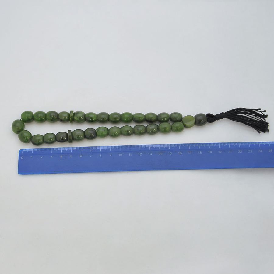 Четкииз ярко-зеленогонефрита